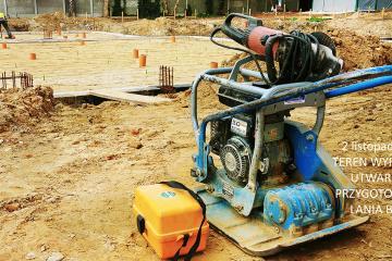 Finał montażu kanalizacji